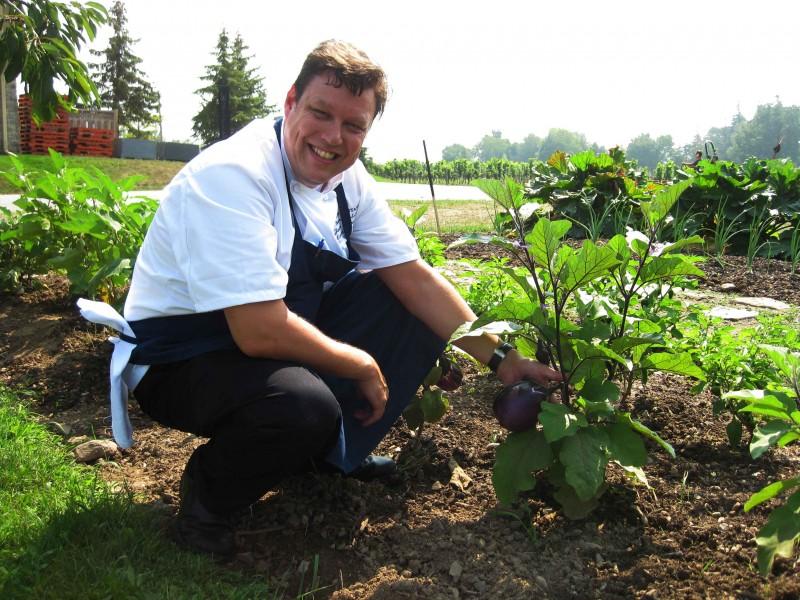 chef-parsons-in-garden