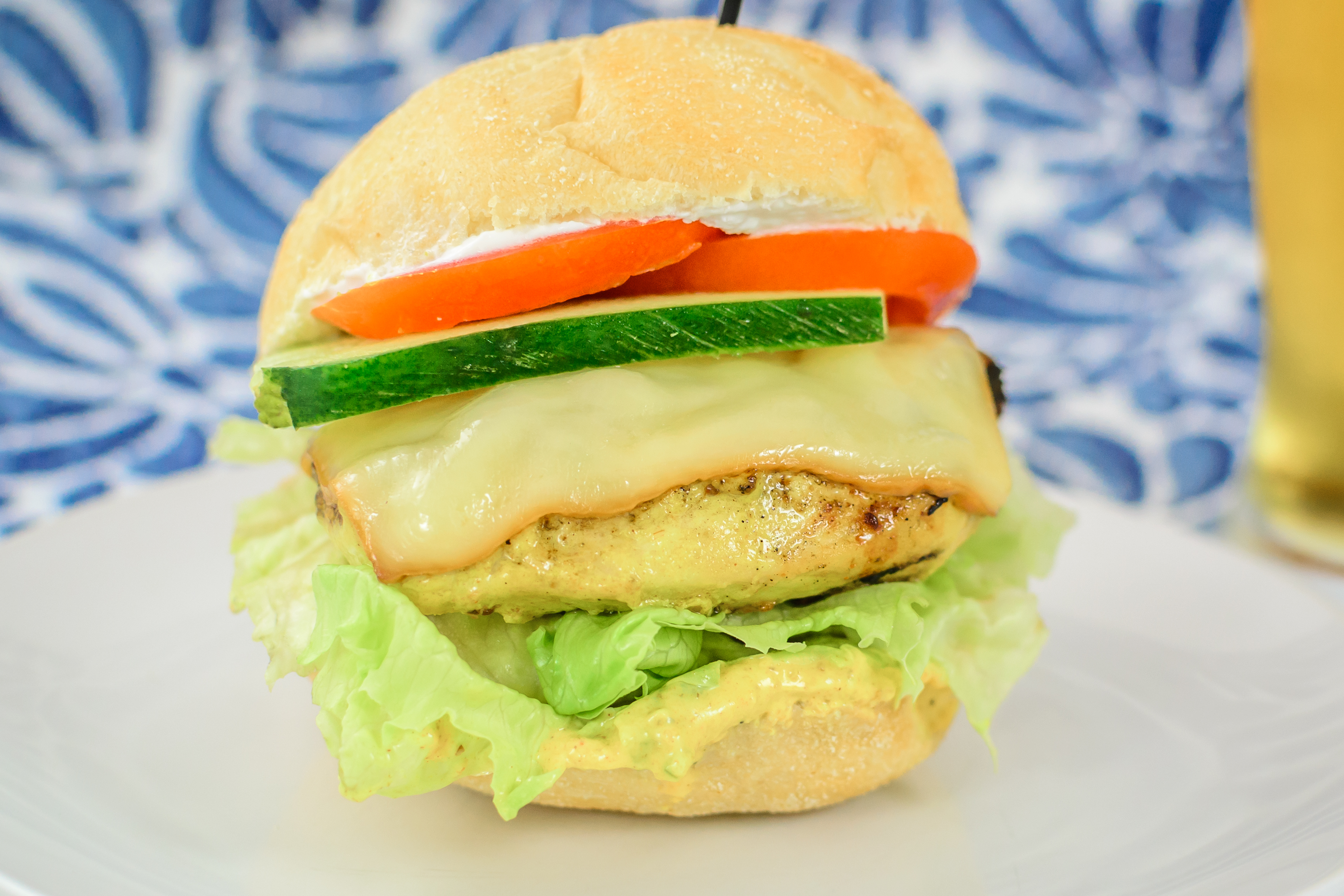 smoked gouda chicken burgers with yogurt curry bothwell cheese. Black Bedroom Furniture Sets. Home Design Ideas